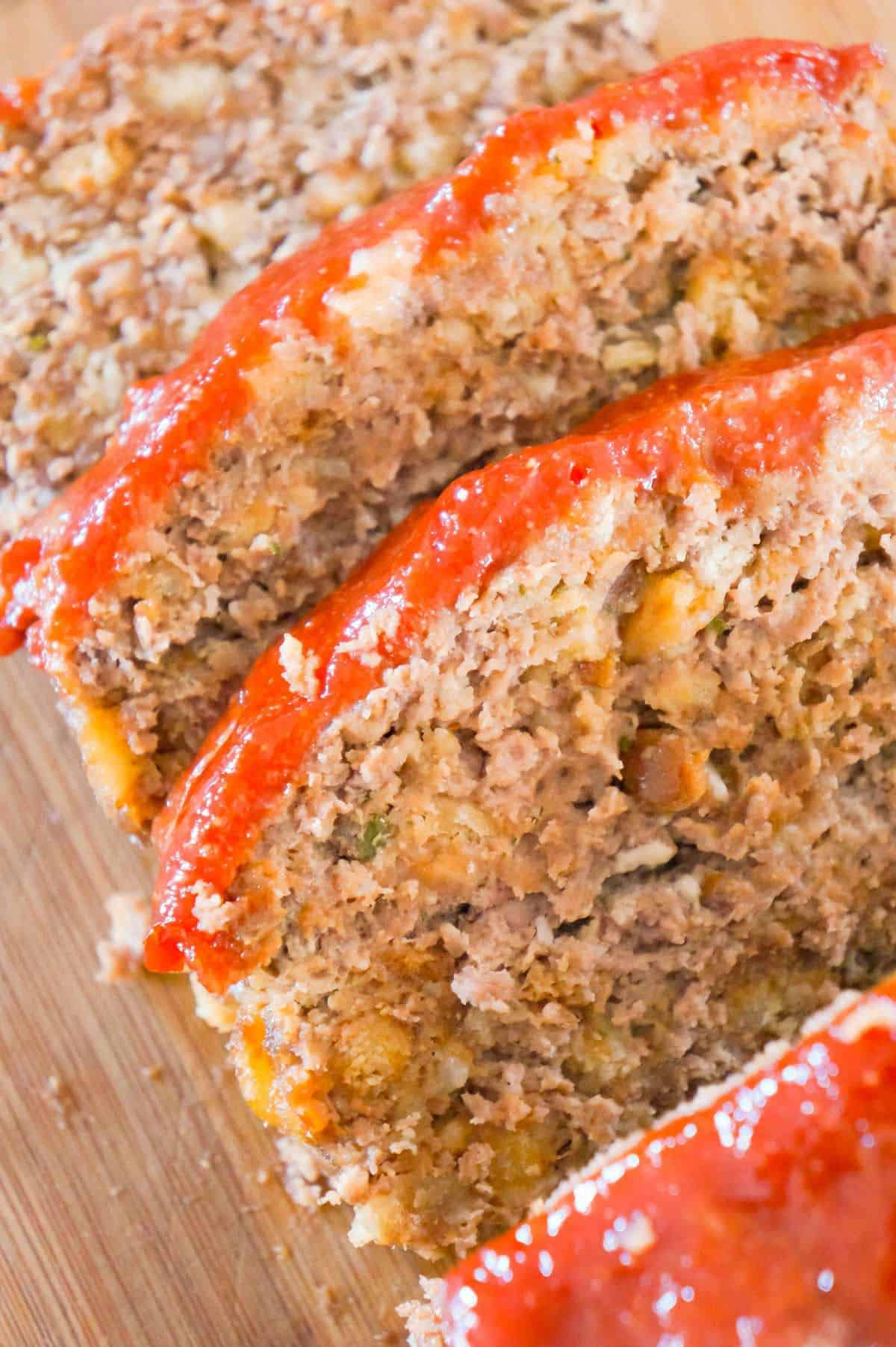 Meatloaf with Stuffing is a tasty 2 pound ground beef meatloaf made with Stove Top stuffing mix.